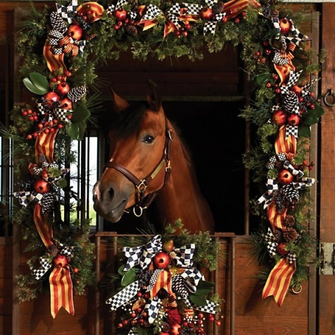 Deck the Stalls Horse (Image via MacKenzie-Childs