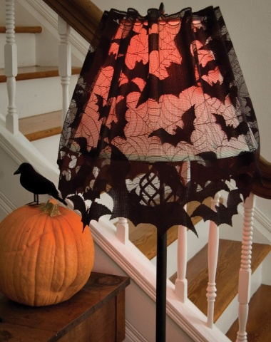 Lacey Bat Lamp