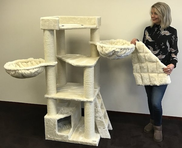 4 Cat Trees For Large Cats Petslady Com