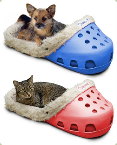 Sasquatch II Pet Beds: photo via petponderosa.com