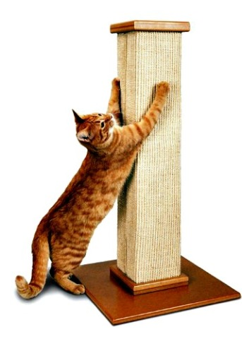 SmartCat Ultimate Scratching Post: Sisal encourages cats to really dig in