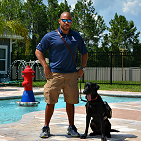 U.S. Army service member Will and his dog Beemer: Image via K9s for Warriors