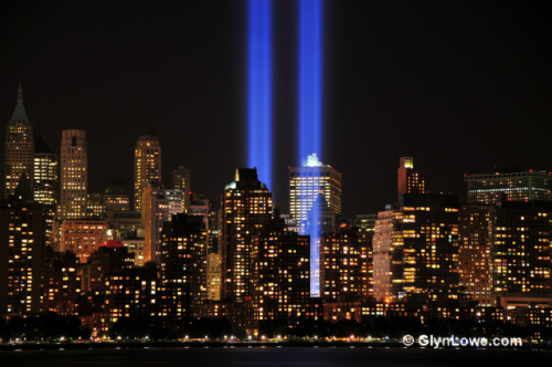 9-11 Tribute Lights: image via wikipedia.com
