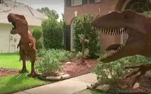 Lawn Dinosaurs (Image via You Tube)