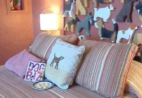 Dog Bark Park Inn Bed and Breakfast Interior (You Tube Image)