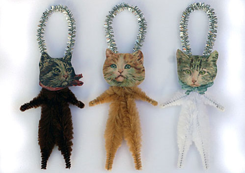 Old World Primitives hand-made Cat Ornaments: © Old World Primitives