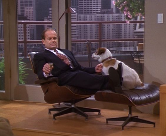 Frasier Finds a Therapeutic Moment With Eddie