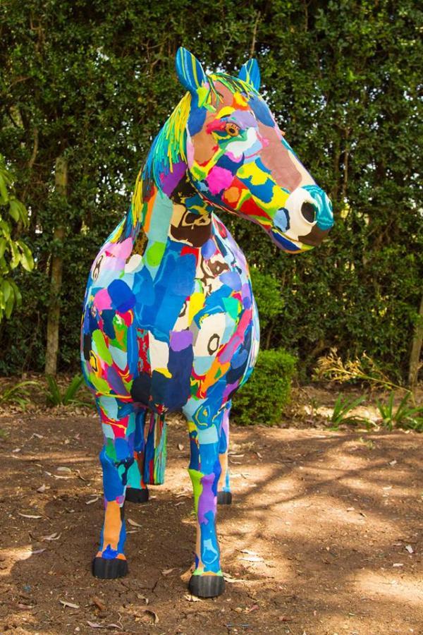 f7f119908775 Flip Flop Horse