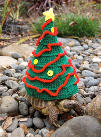 Turtle Christmas Tree (Image via The Guardian)