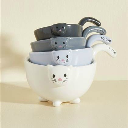 measuring cups for cat lovers