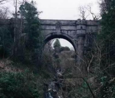 Výsledek obrázku pro overtoun bridge