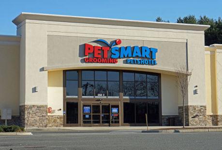PetSmart Pet Store (Photo by Anthony92931/Creative Commons via Wikimedia)