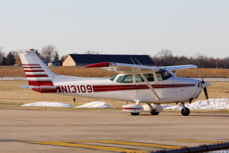 Private Pilots Are Helping Unwanted Pets Relocate