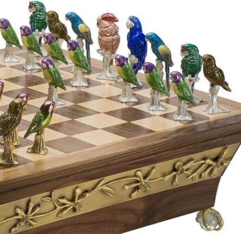 Endangered Parrot Chess Set