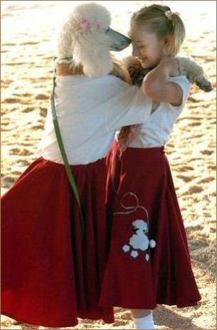 Matching Poodle skirts: via The Poodle and Dog Blog