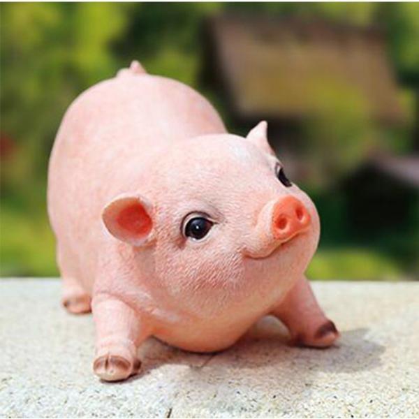 Pig Garden Statue
