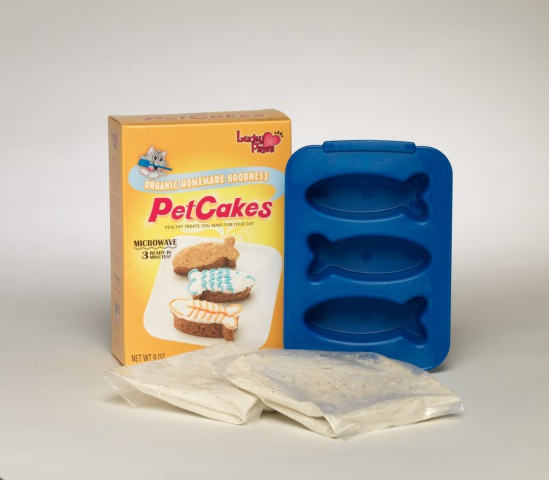 PetCakes Kit for cats - Cheese Nip flavor: ©Lucky Paws
