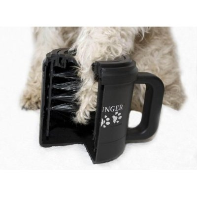 The Paw Plunger: brushes inside the cup remove mud and ice from dog paws