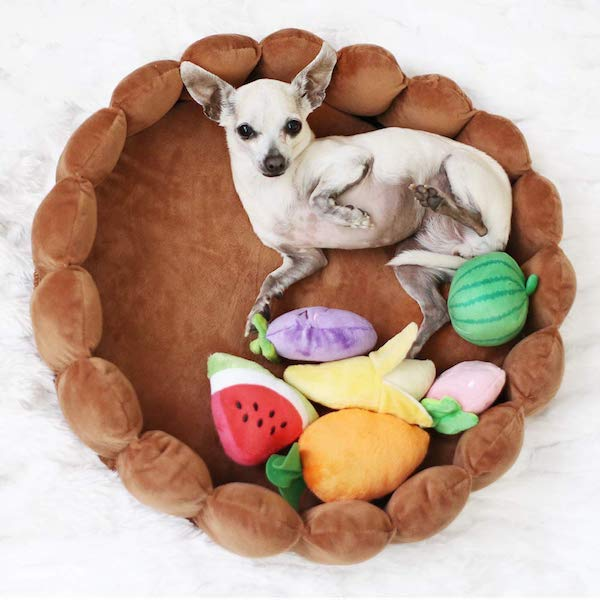 Patpet Pet Cushion Bed with Squeaky Toys