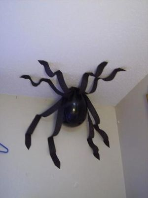 20 Creepy Ways To Spider Up Your Decor For Halloween Petslady Com
