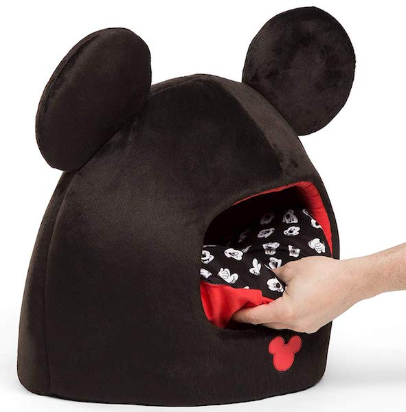 https://www.amazon.com/Disney-Minnie-Mouse-Dome-Black/dp/B06XHBQMJY/ref=sr_1_4?keywords=disney%2Bpet&qid=1555367608&s=pet-supplies&sr=1-4&th=1