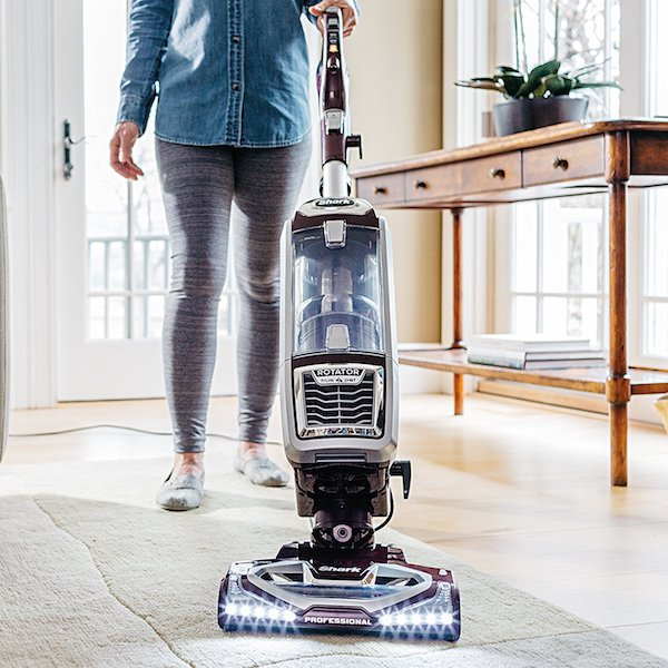 Shark Powered Rotator Professional Life-Away Tru-Pet Vacuum