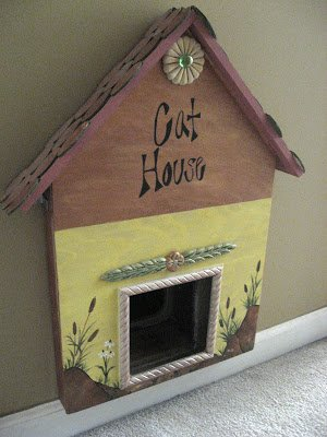 Cat House: Image by Christy's Thrify Decorating Blog