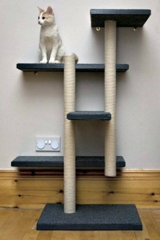 DIY Cat Treehouse & Scratching Post