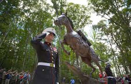Statue of Sgt. Reckless