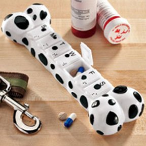 Canadian pets in danger of not getting all their meds....: 'Pillbone' available at http://www.carmani-catsanddogs.nl/