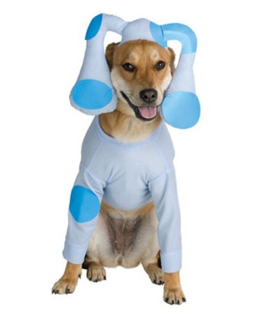 """""""Oh, dear tree god, please get me out of this before the others see me. I'm gonna' lose my top dog status in this get-up!"""""""