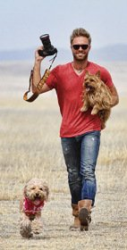 Seth Casteel with dogs Nala & Fritz