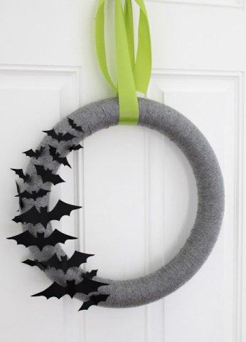 Lovely Simple Bat Wreath