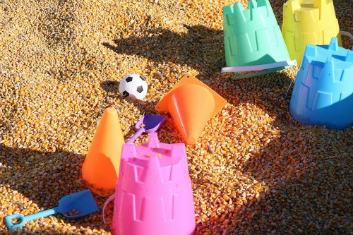 Create Your Own Beach Buckets: Cart toys to & from the beach with your own beach pails