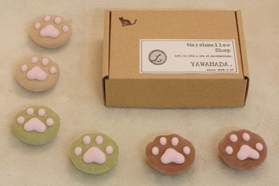 Yawahada Cat and Cat Paw Marshmallows