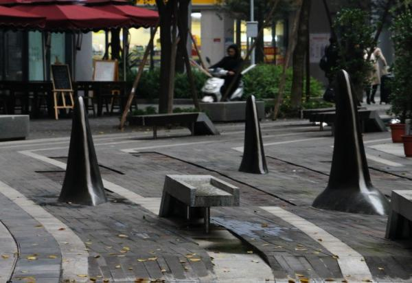 Chinese City Installs Shark Fin Bollard Barriers