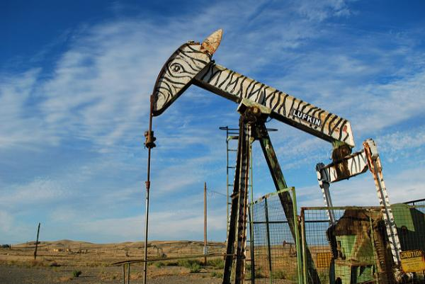 Coalinga's Iron Zoo Puts The 'Pet' Into Petroleum