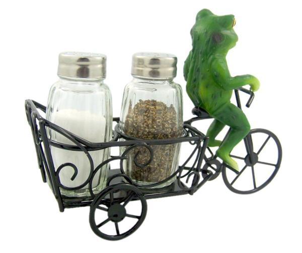 Zesty Ride Frog Salt and Pepper Shaker Set