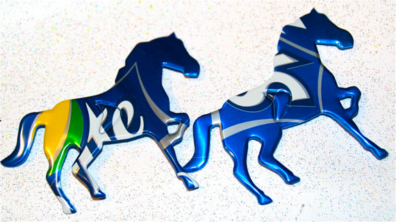 Mustang Horses magnet: by artist apmemory