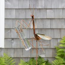 Praying Mantis Rain Gauge